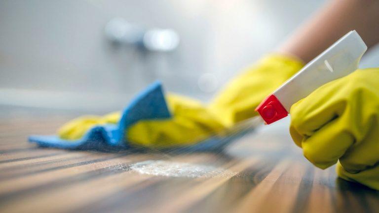 почистване и дезинфекция